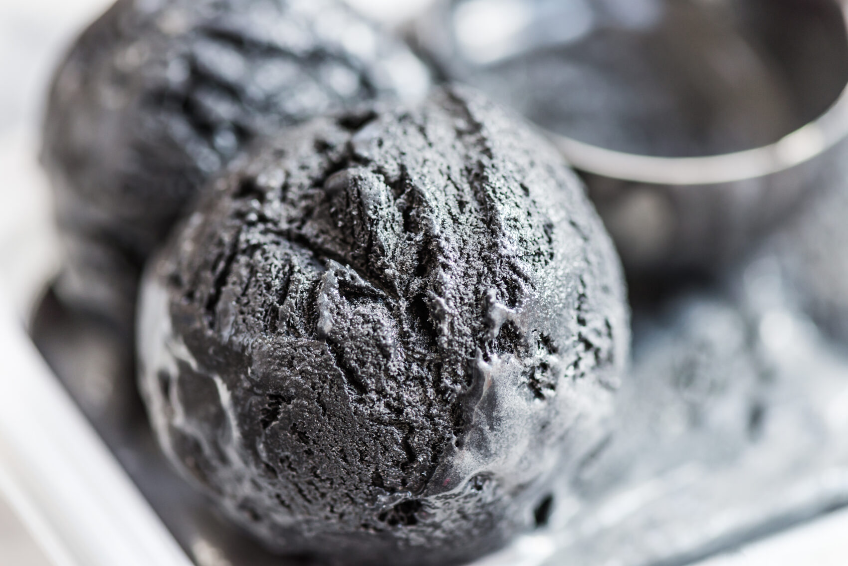 Black ice cream