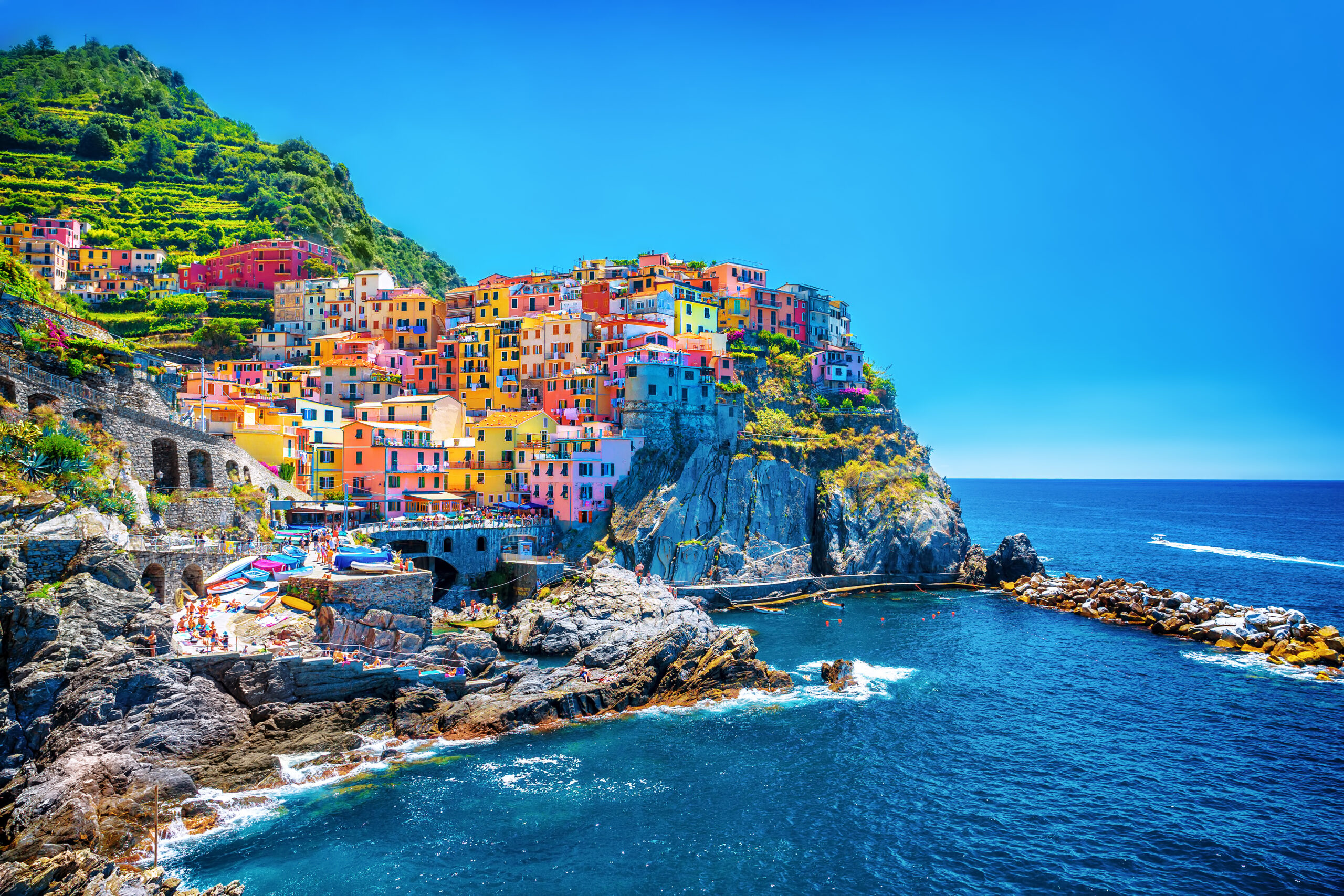 Cinque Terre Italy PhotoCredit ShutterStock Ann Om scaled jpg?time=1603858004.'