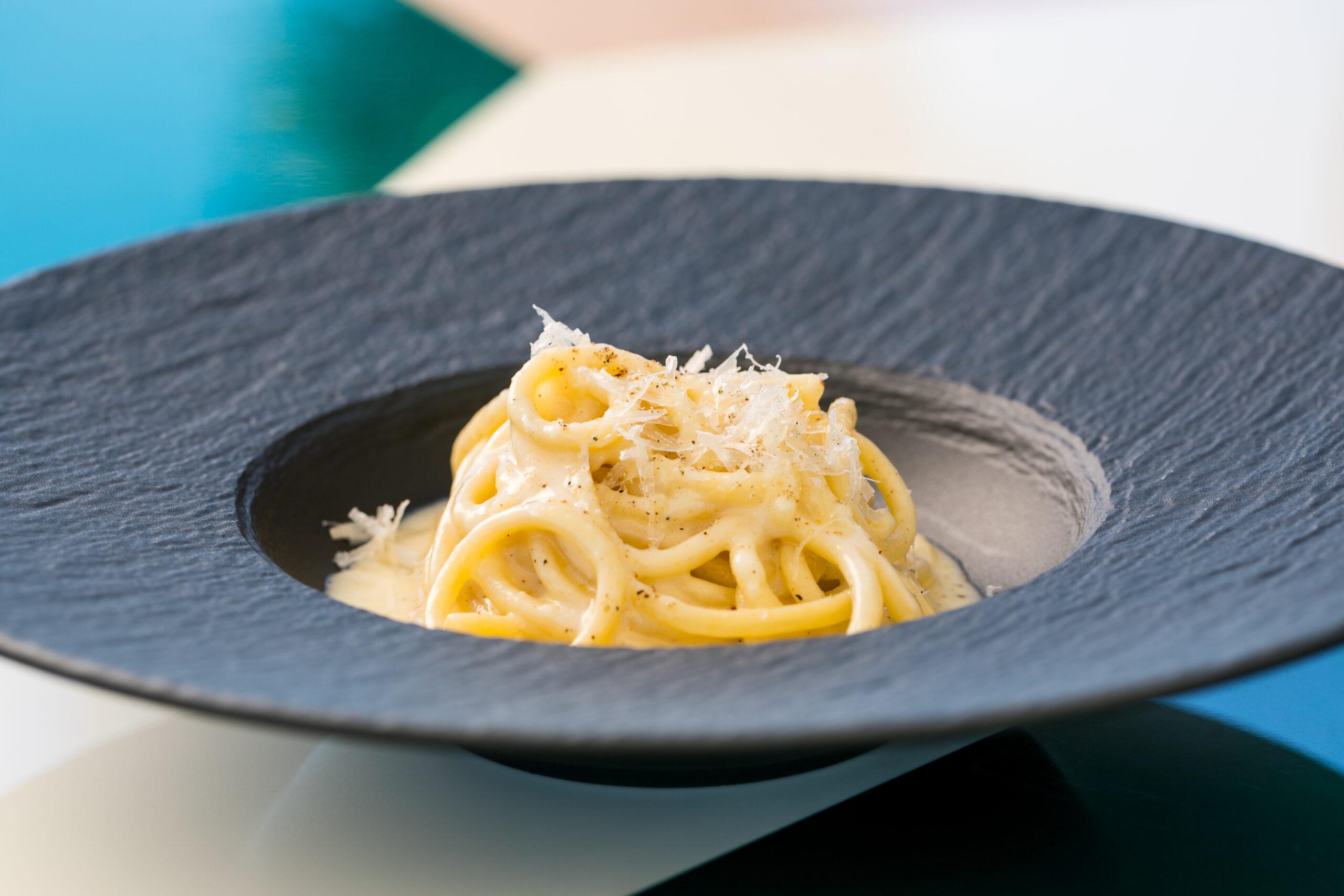 Cacio e pepe pasta, Sofitel Rome