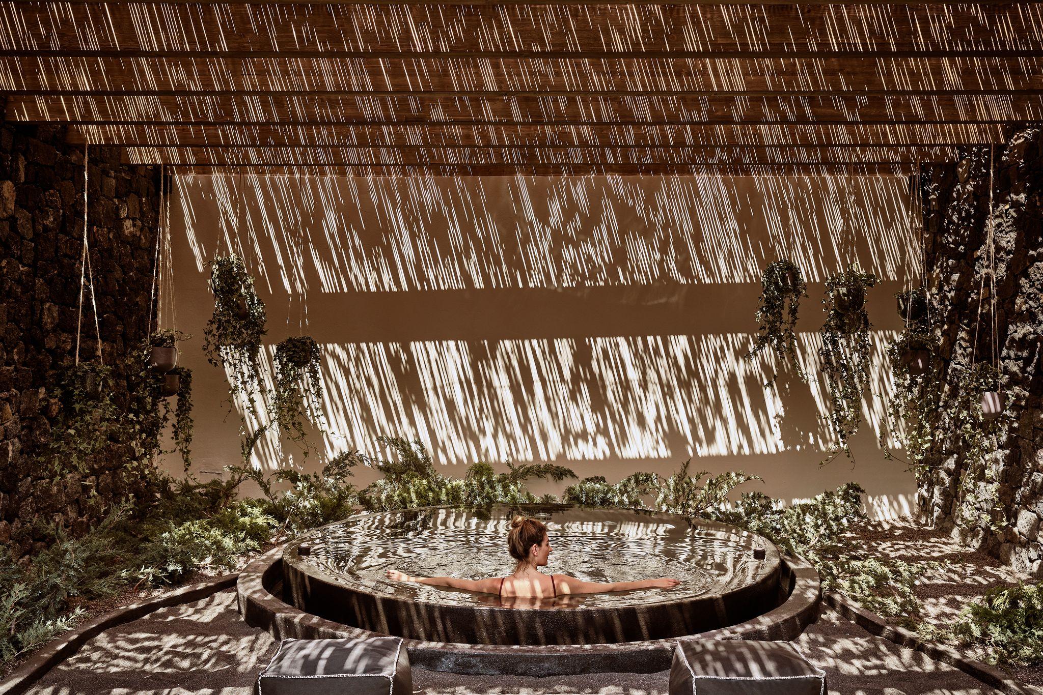 Elios spa Istoria hotel Santorini organic Greek local massage wellness wellbeing