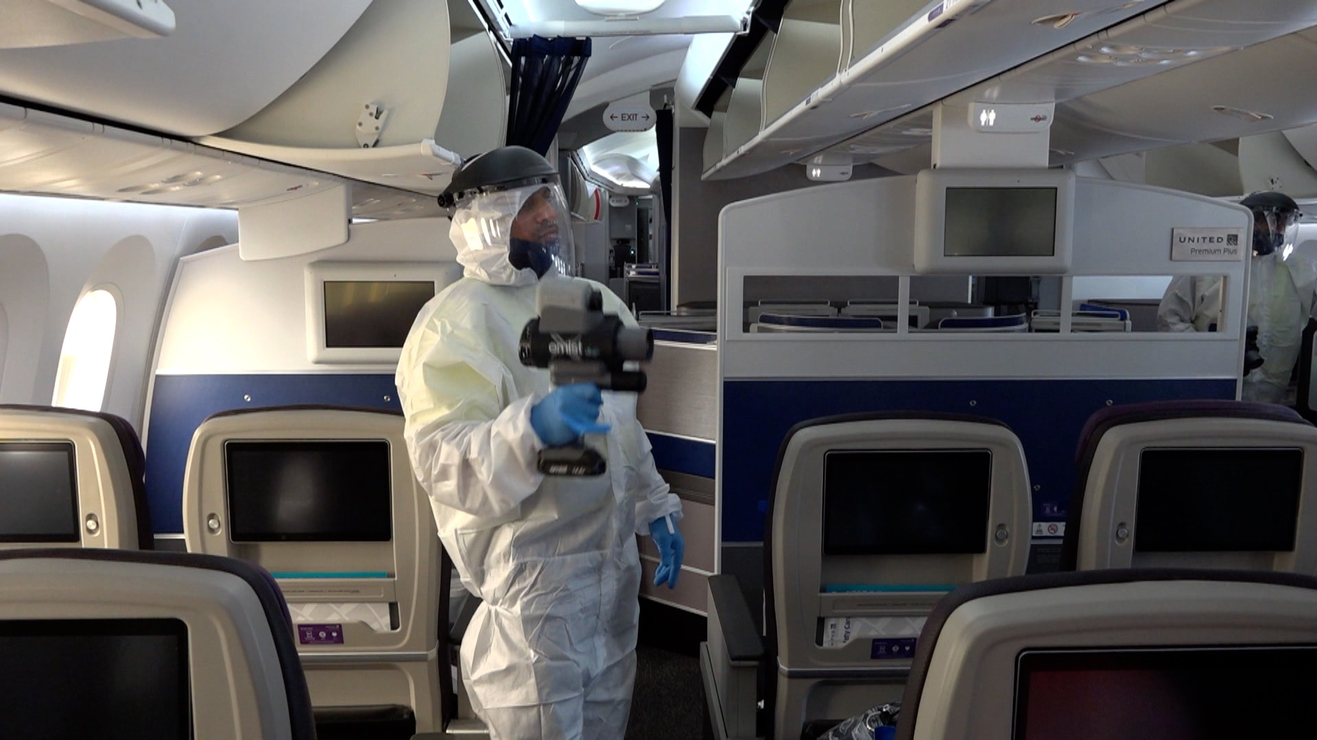 United Airlines LHR Electrostatic Spraying