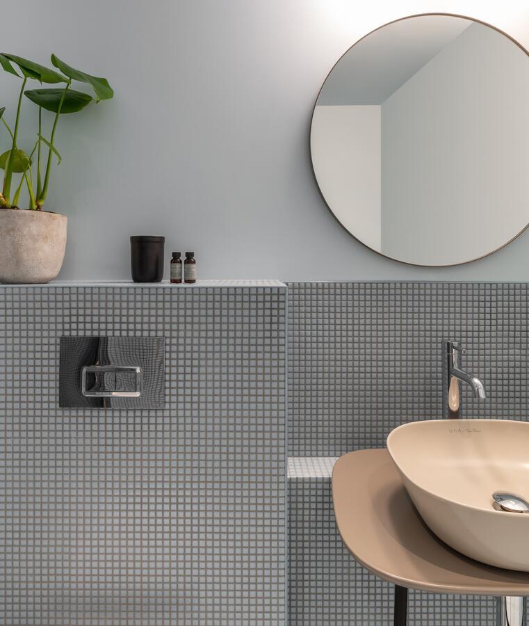 A bathroom at Bermonds Locke serviced apartment