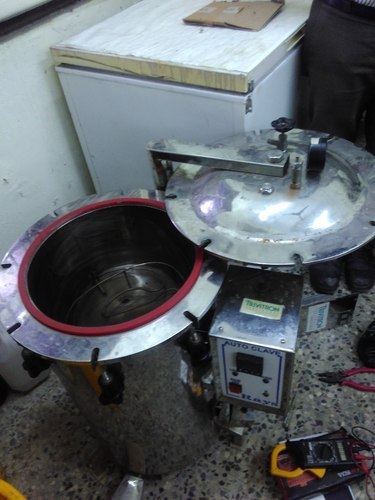AUTOCLAVE REPAIRING SERVICES RS.500