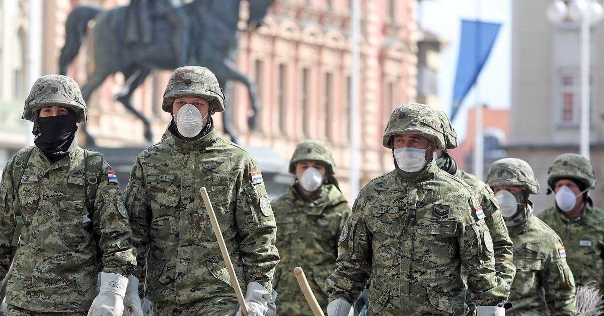 Hrvatska vojska u vrijeme izvarednih okolnosti