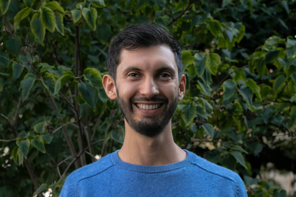 Profile picture of Simeon Max, Environmental Impact Officer at Crowther Lab