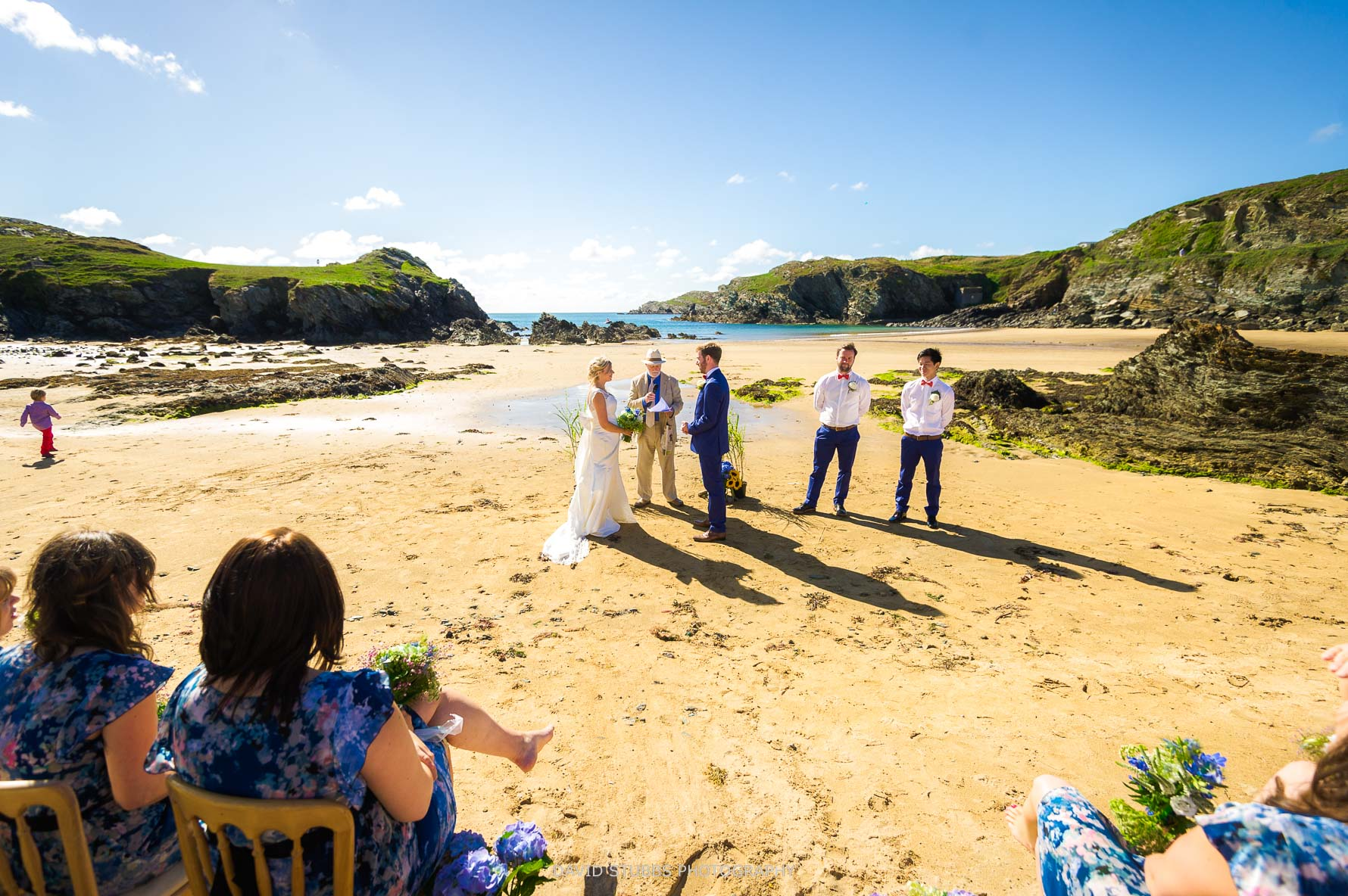 wide angle photo of this wedding