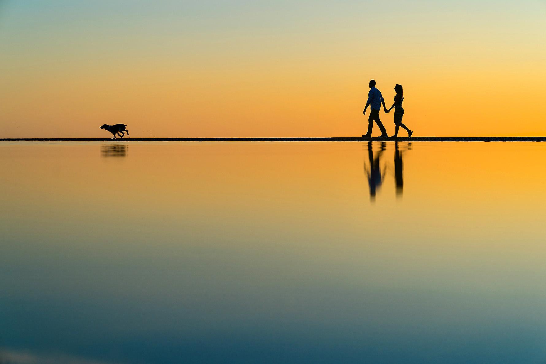 sony-a9-flip-screen-in-water-beach