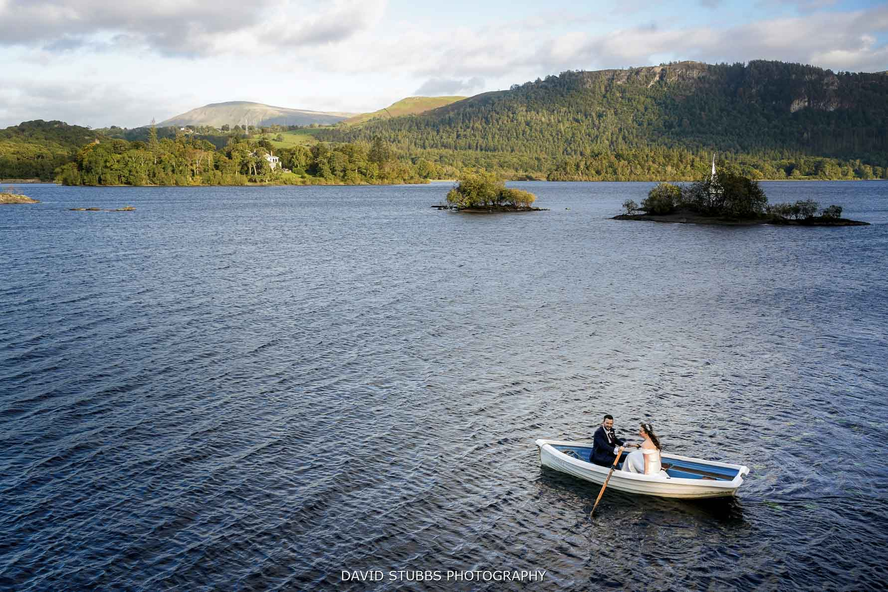 bride groom in boat Derwent water