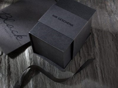 Koehler Greiz presents EcoBlack: high-quality black recycled paper for attractive packaging
