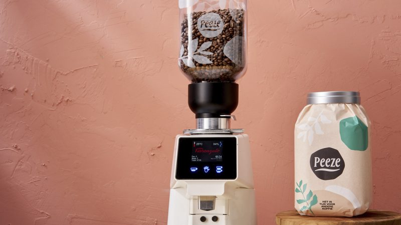 Rethinking B2B coffee packaging to preserve and extend value through a returnable system