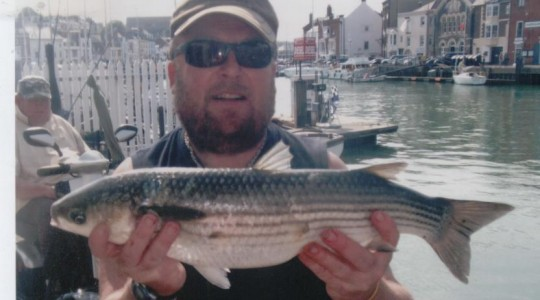 Steve is at it again with another good Mullet. THis Thick Lipped went 4lb 8, and was caught on float fished bread