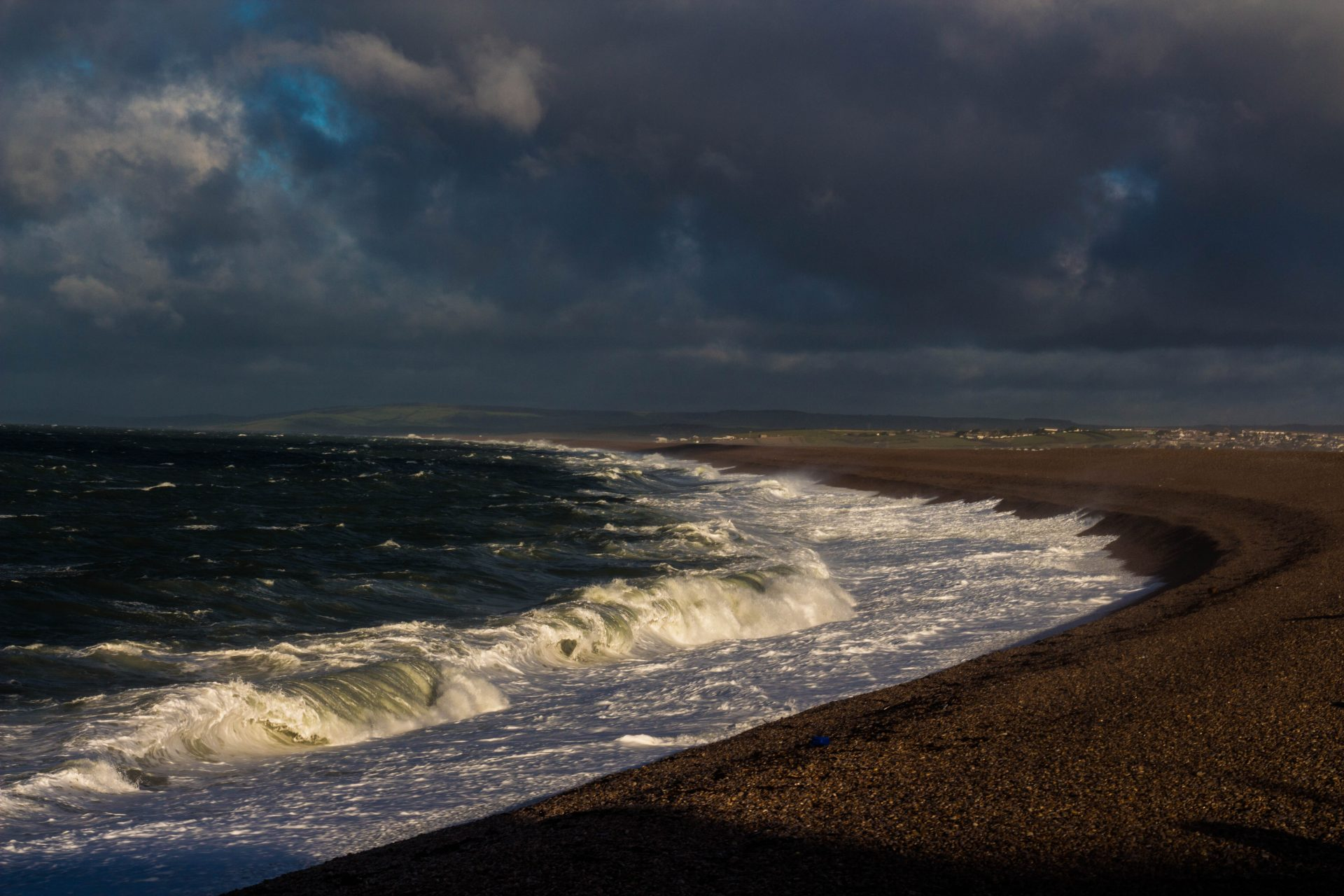 Chesil Cove storm2