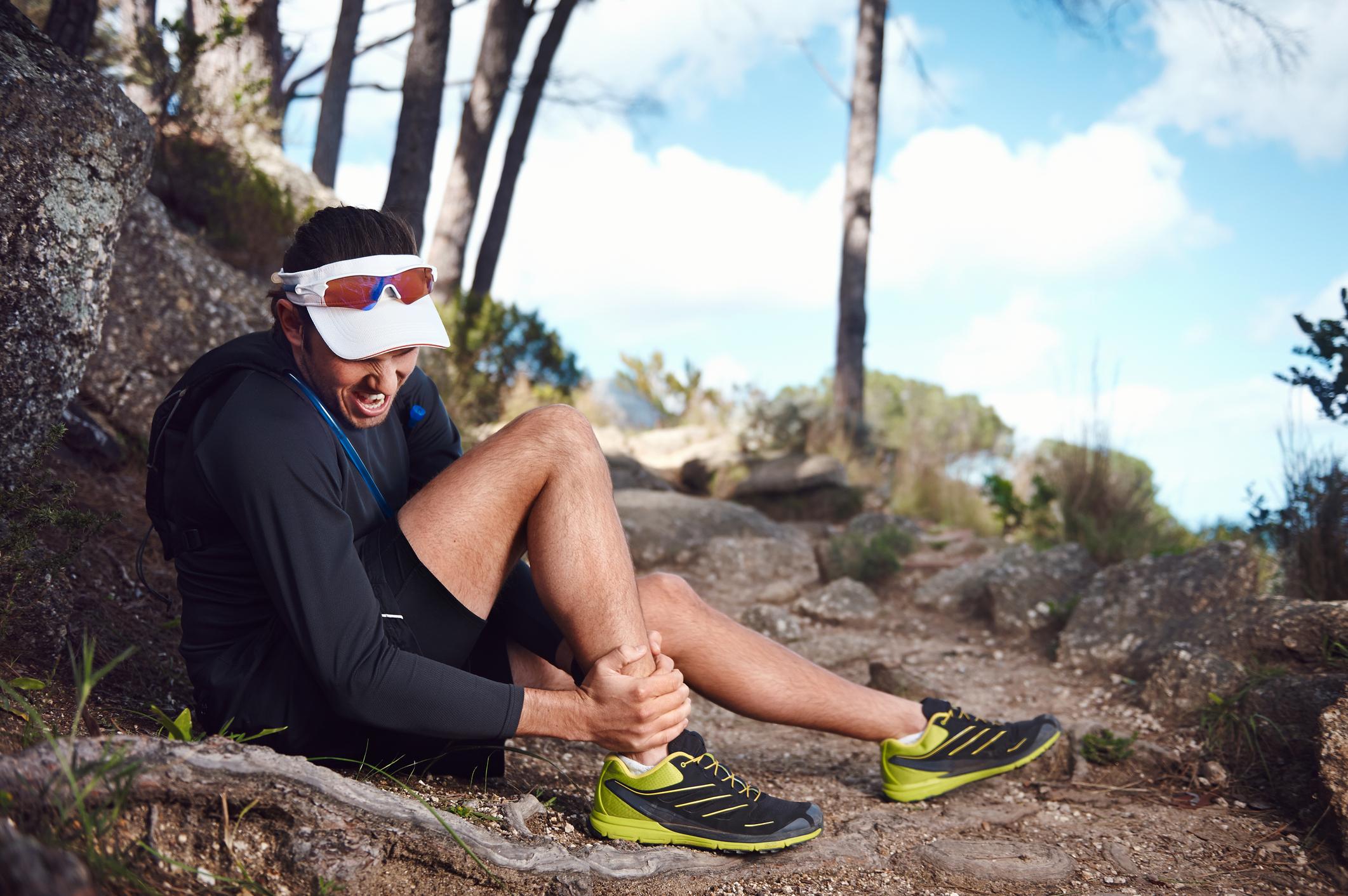 Shin splints or a stress fracture? Understanding the leg pain that you get when running