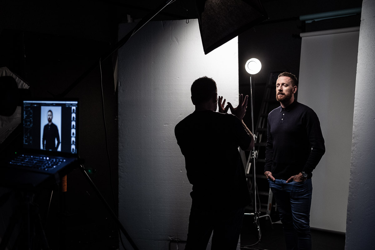 16/08/2018 Olympic and Tour de France winner Sir Bradley Wiggins is photographed by Jon Raine at News Corp's studio in London for Talk Sport Radio.