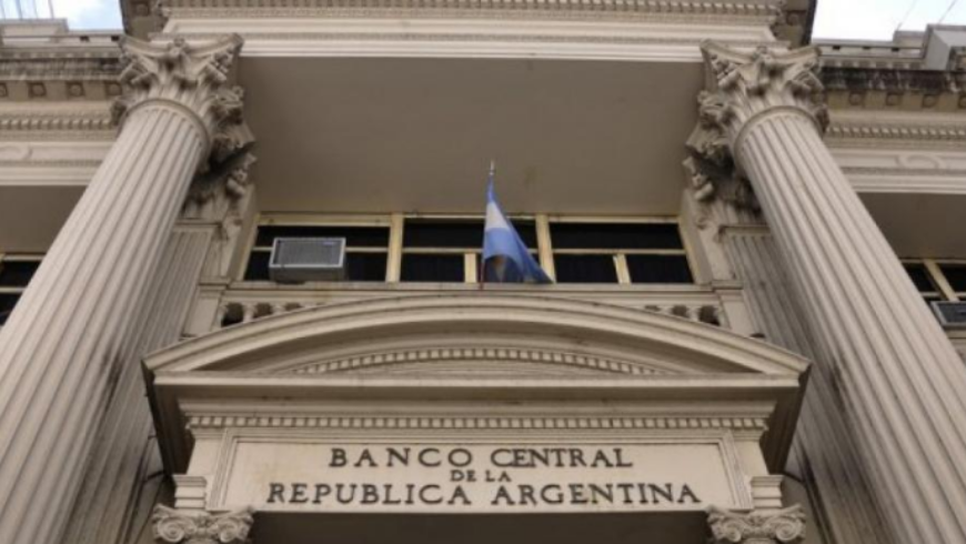 (Español) El Gobierno puso en la mira los depósitos en dólares, ¿hay riesgos para los ahorristas?