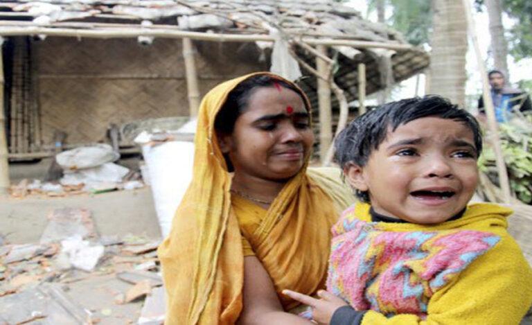 পশ্চিমবঙ্গের হিন্দুদের উদাসীনতার জন্য বাংলাদেশের হিন্দুদের নিশ্চিহ্ন হওয়া ছাড়া কোনও ভবিষ্যৎ নেই