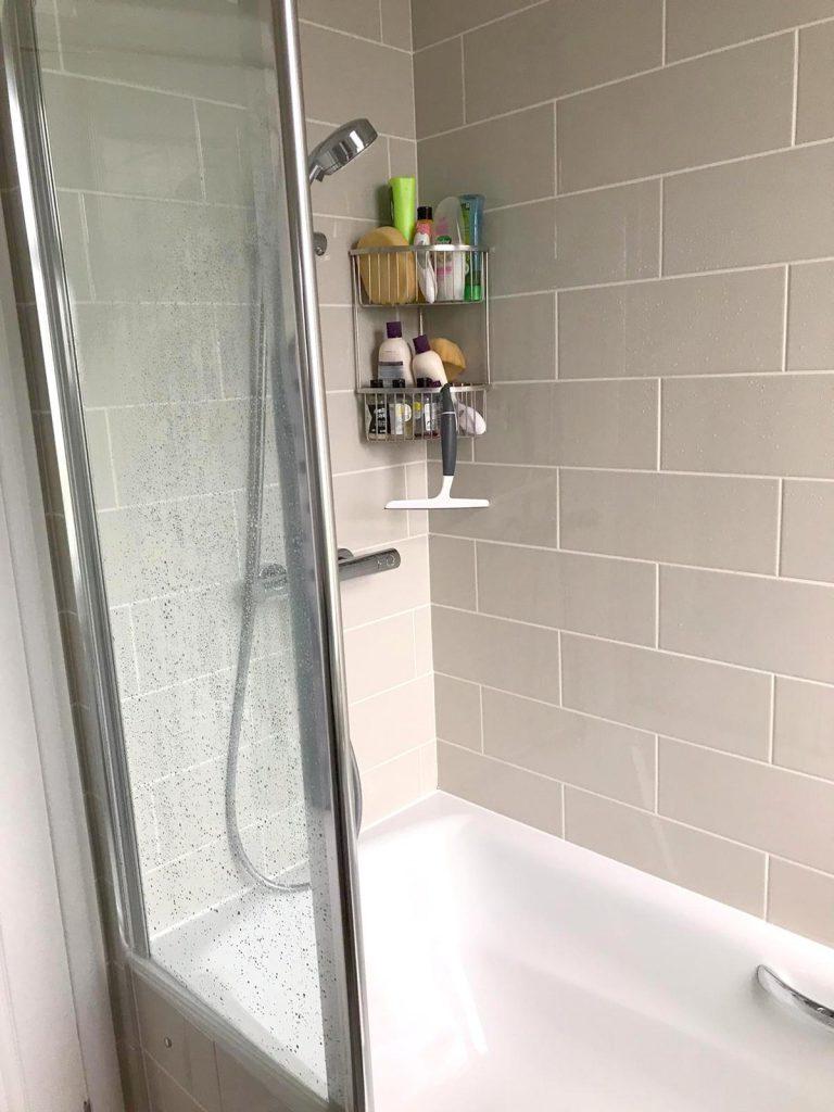 silicone-bathroom-service