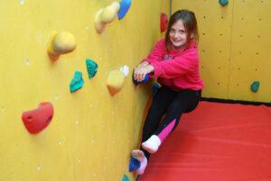 Bouldering (4)