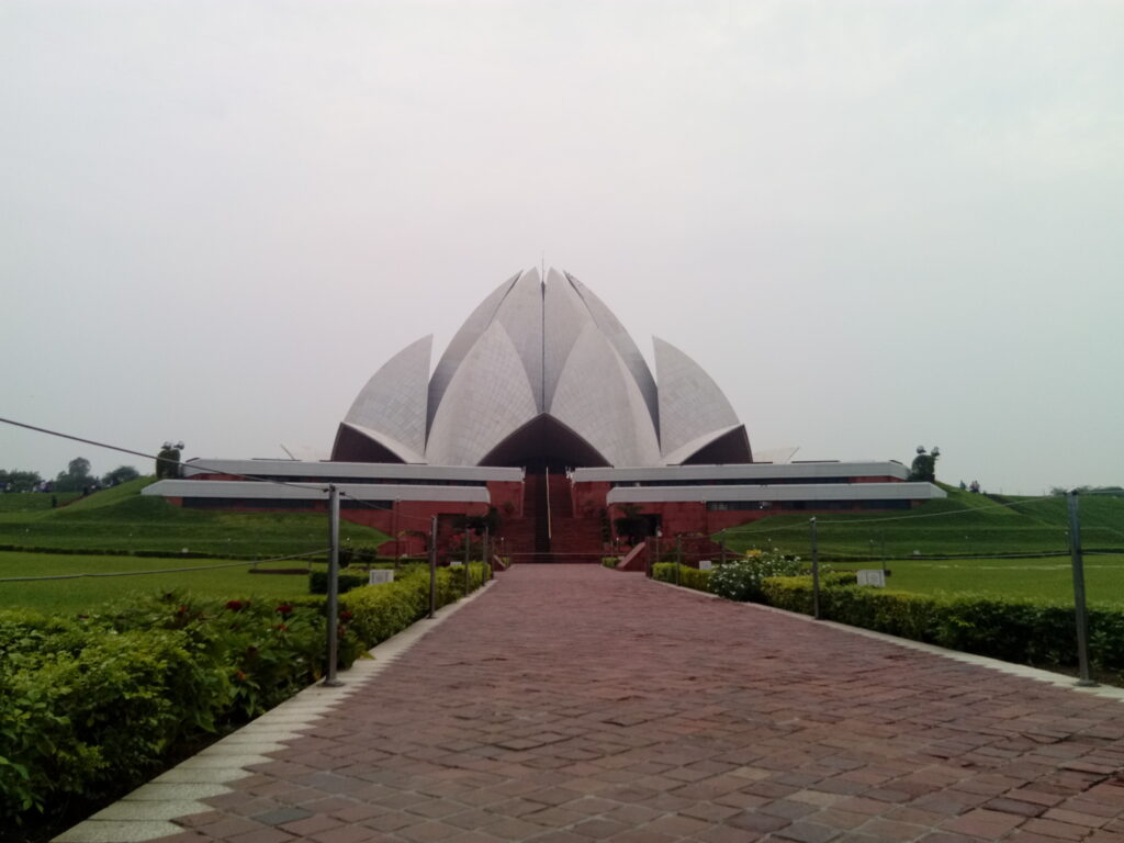 lotus temple, new delhi india
