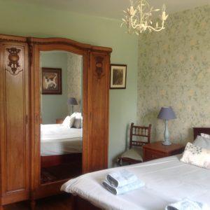 Maitre family room
