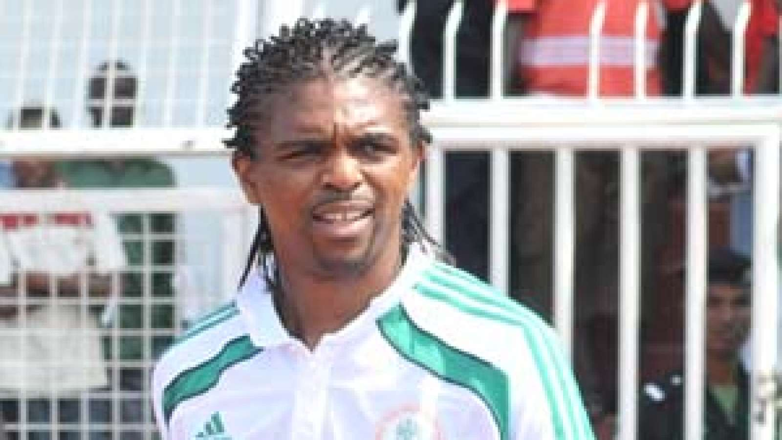 Photo of Kanu Nwankwo in Canada for Soccer Academy