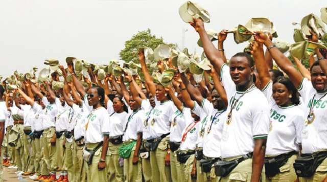 Photo of NYSC Corps Members in Katsina Visit President Buhari
