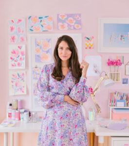 Marioly vazquez posing in her pastel coloured studio Maria Marie cestmaria