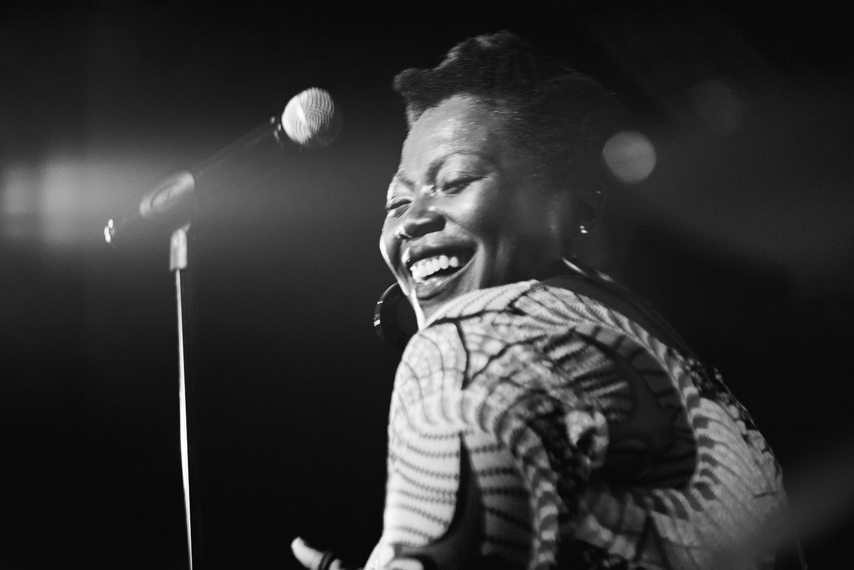 Singer Edna Sey