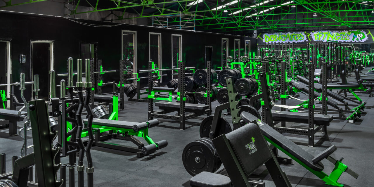 INSIDE DEDICATED FITNESS XL GYM LIVERPOOL