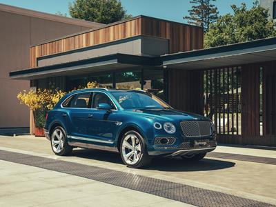 BENTLEY'S FIRST STEP TOWARDS ELECTRIFICATION: THE BENTAYGA HYBRID