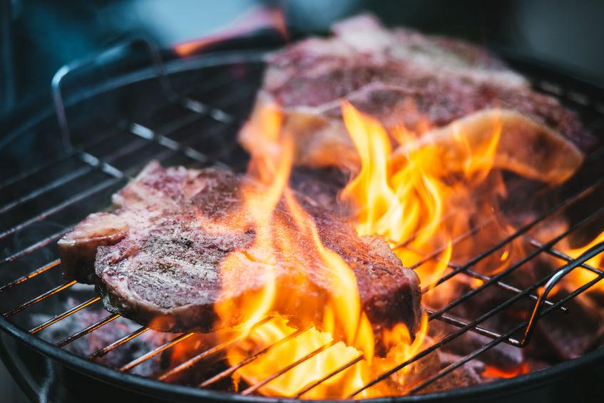 what temperature should the grill be for steak