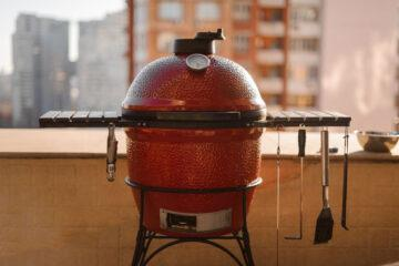 What's The Best Way to Light a Kamado Grill?