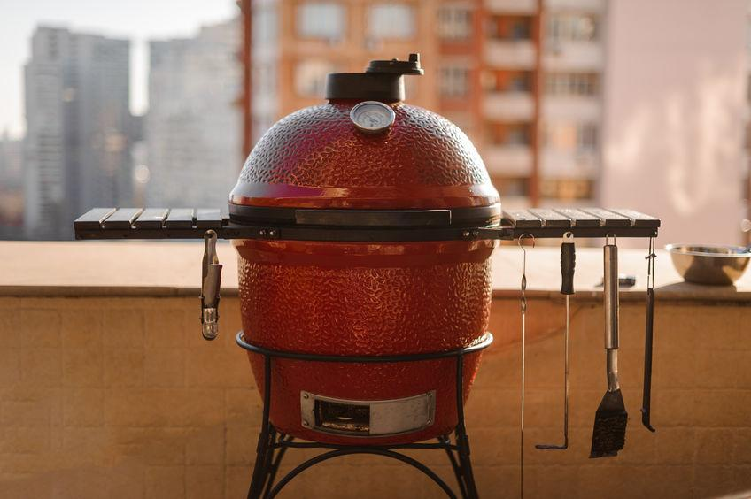 Difference Between a Kamado Grill and a Conventional Grill