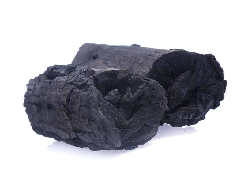 Why is Natural Lump Charcoal Recommended for Kamado Grilling?