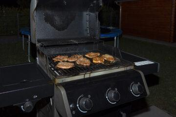 How Do You Know When It's Time to Replace Your Grill?