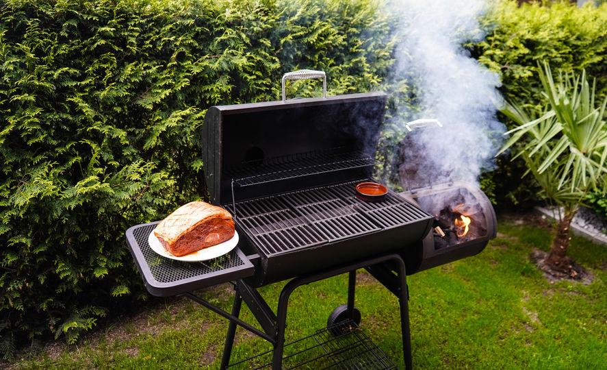 The Pros and Cons of a Pellet Smoker