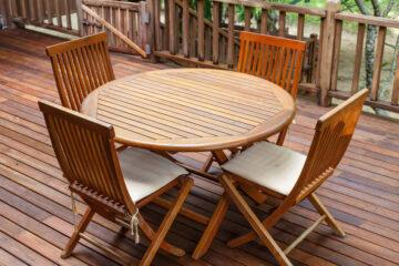 What is the Best Finish for Teak Outdoor Furniture?