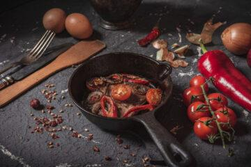 What's the Best Pre-Seasoned Cast Iron Skillet?