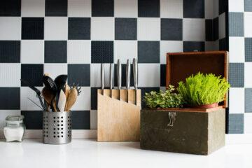 What are the Safest Cooking Utensils?
