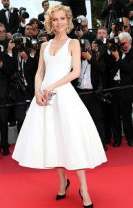 Eva-Herzigova-Cannes