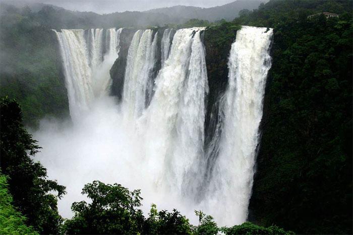 Jog Falls, Karnataka PC : www.ftd.travel