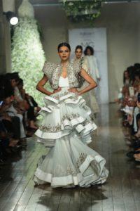 Manav Gangwani FDCI Couture (10)