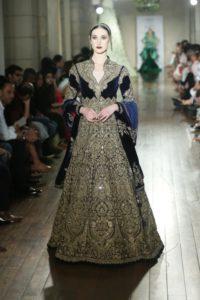 Manav Gangwani FDCI Couture (5)