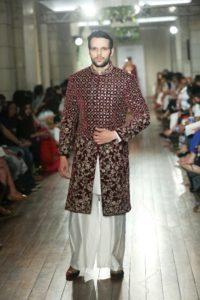 Manav Gangwani FDCI Couture (7)