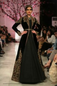 Rohit Bal Couture Collection FDCI (9)