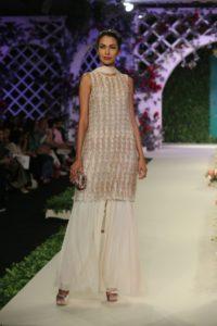 Varun Bahl Bridal fdci (3)