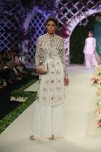 Varun Bahl Bridal fdci (4)