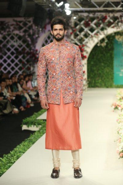Varun Bahl Bridal fdci (7)