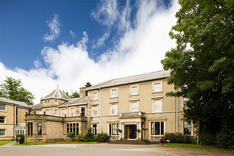 hotel grounds maintenance in leicester