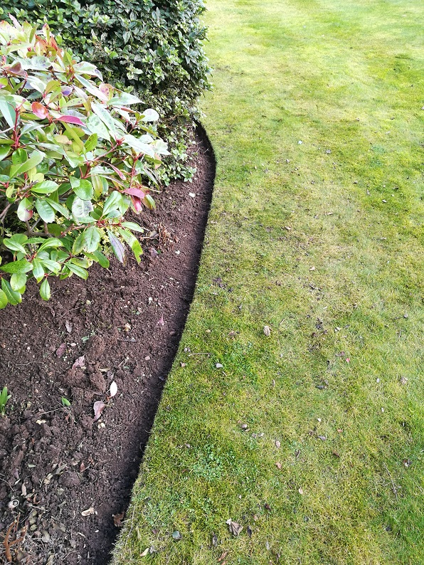 lawn edging leicestershire